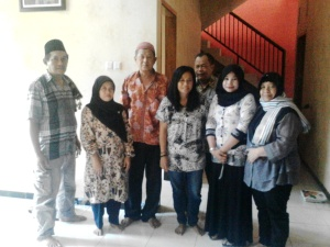 satu keluarga dari Bogor belajar jadi penghusada